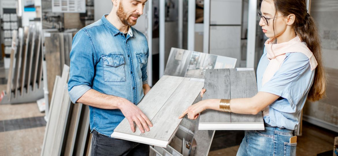 Beautiful,Young,Couple,Choosing,Ceramic,Tiles,For,Their,House,Repairment